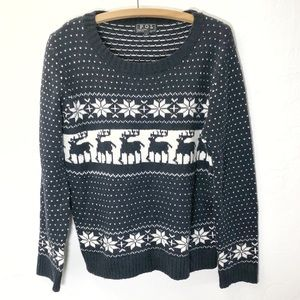 POL Reindeer Christmas Sweater Women's Large